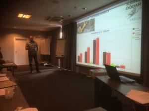 Mikael fra SNOFED viser at antall dødsulykker går ned i Sverige